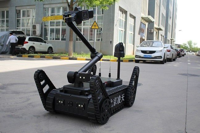 150KG Counter Terrorism Equipment EOD Robot For Carry Portable X - Ray Machine